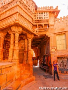 Child playing Cricket in Jaisalmer Fort's streets