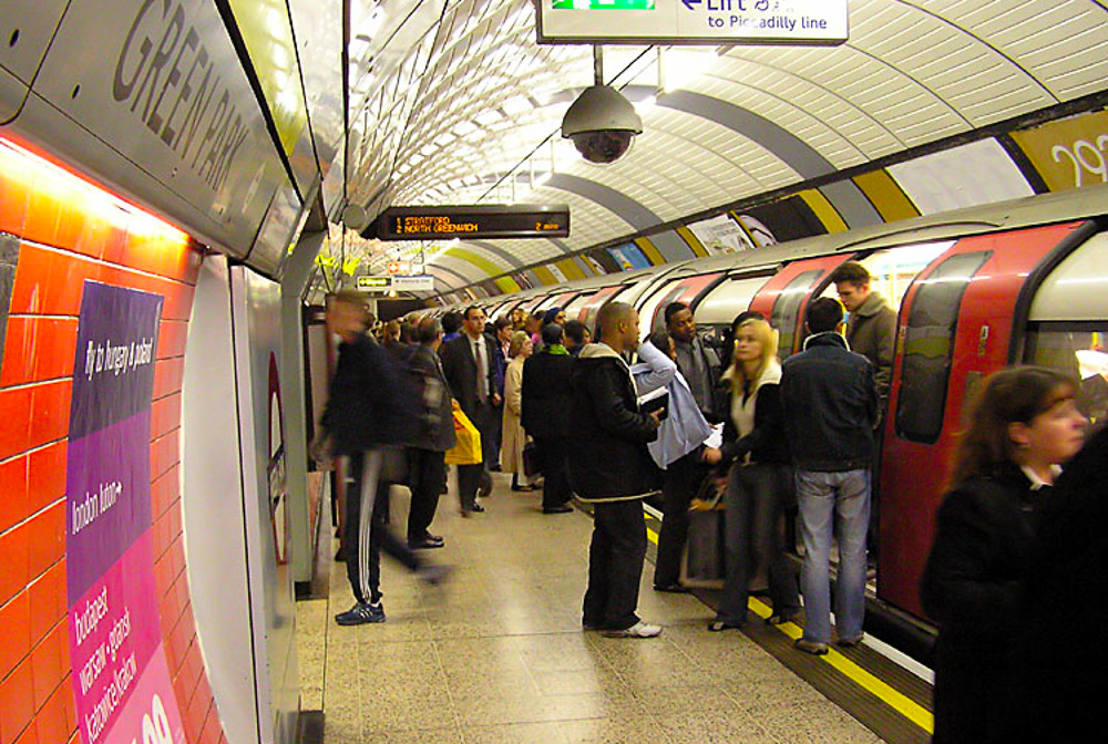 London Underground. 10 Reasons why we think London is Awesome.