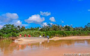 Discovering Jungle Wildlife Along Borneo's Kinabatangan River.