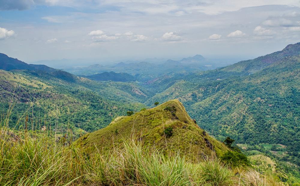 a48c4a5cb Mountains in Sri Lanka - Little Adams Peak  A Photo Journey ...