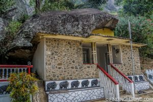 Ravanna Rock Temple. Things to do in Ella, the beautiful Sri Lanka Hill country base town. Including the best walks, restaurant recommendations and accommodation.