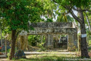One of the many derelict houses in the area after the civil war and tsunami. Kalkudah and Pasikuda Beaches - Sri Lanka.