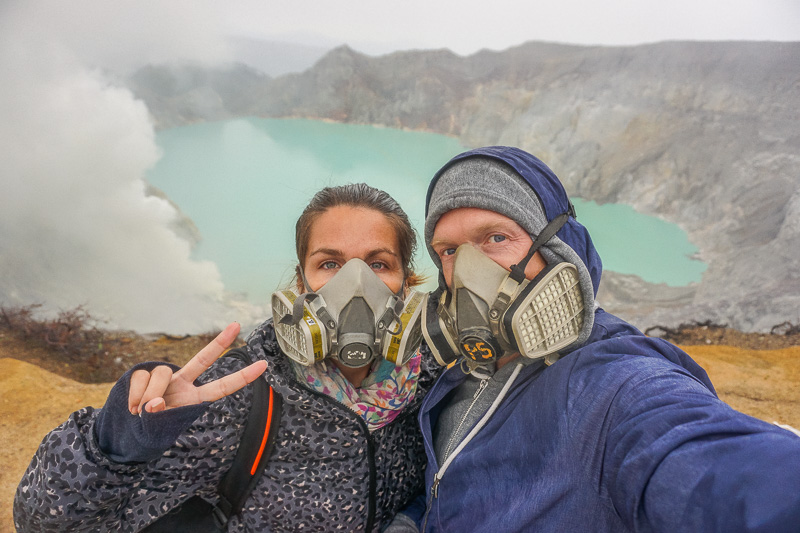 how to get to ijen crater
