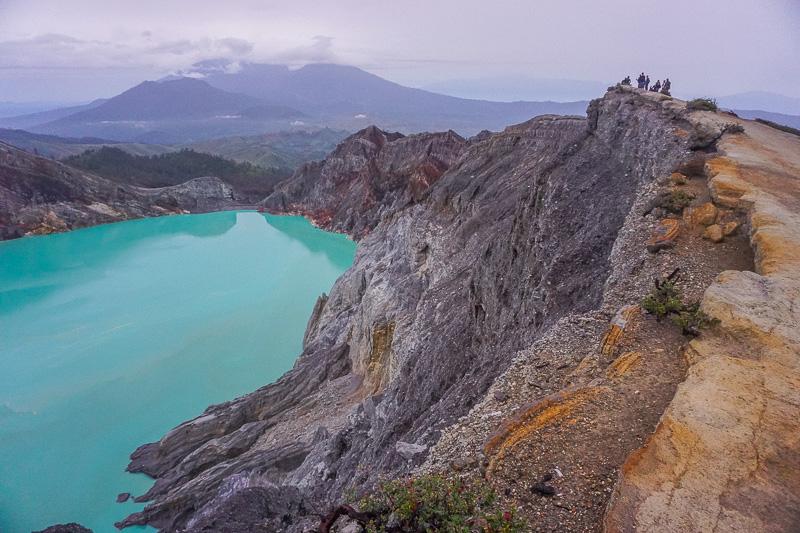 mount ijen crater hike blue fire ijen miners