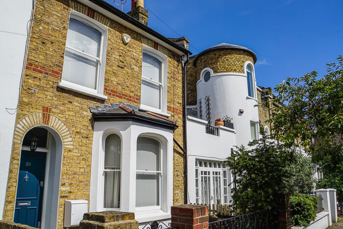 house sitting in london for free accommodation! finding beyond