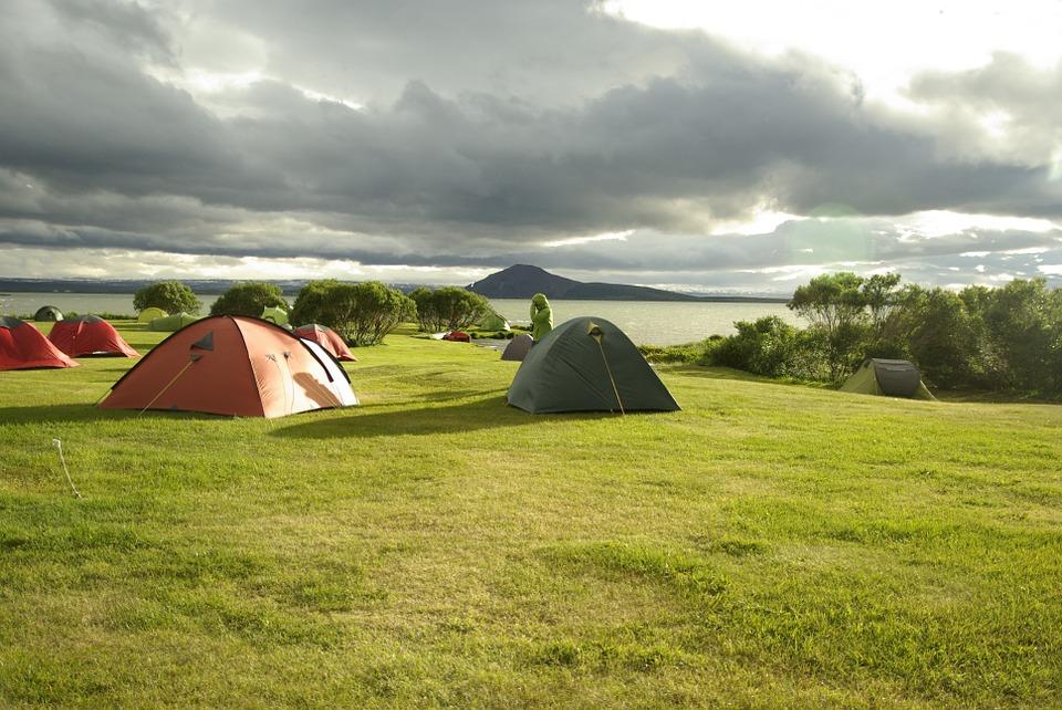 lake myvatn camping iceland