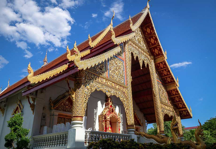 living in chiang mai as a digital nomad temple