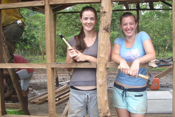 construction volunteers in costa rica