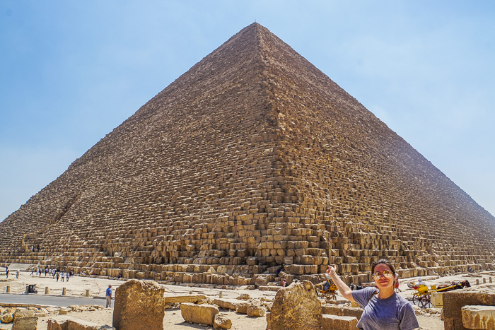 trip to see the pyramids of giza cover