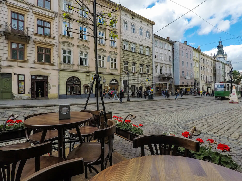 lviv old town cafe diana