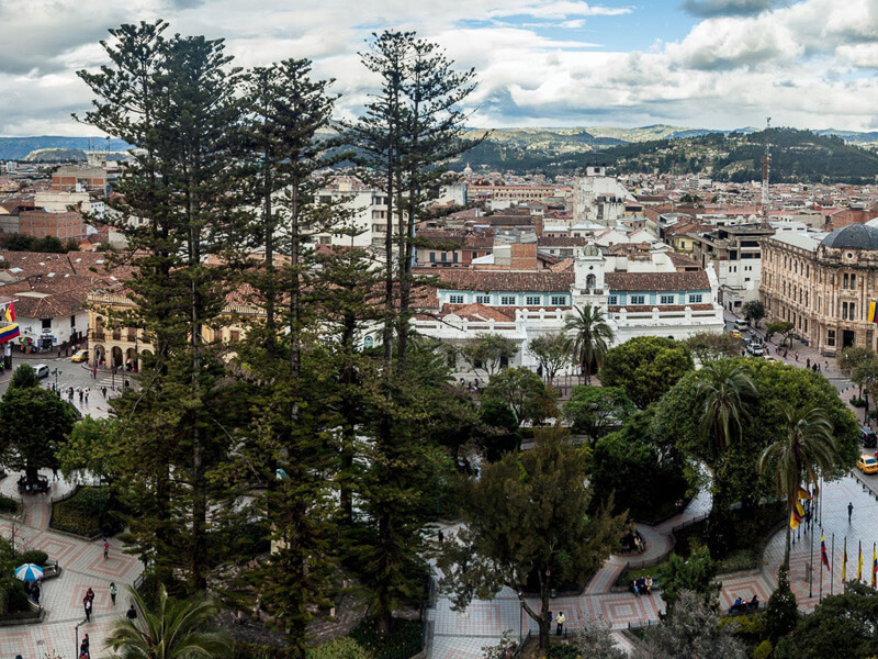 Cuenca-Ecuador-Parque-Calderon-View