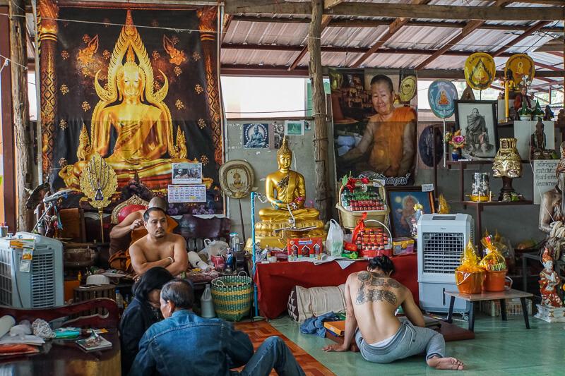 the sak yant tattoo samnak chiang mai