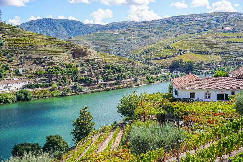 douro valley river portugal