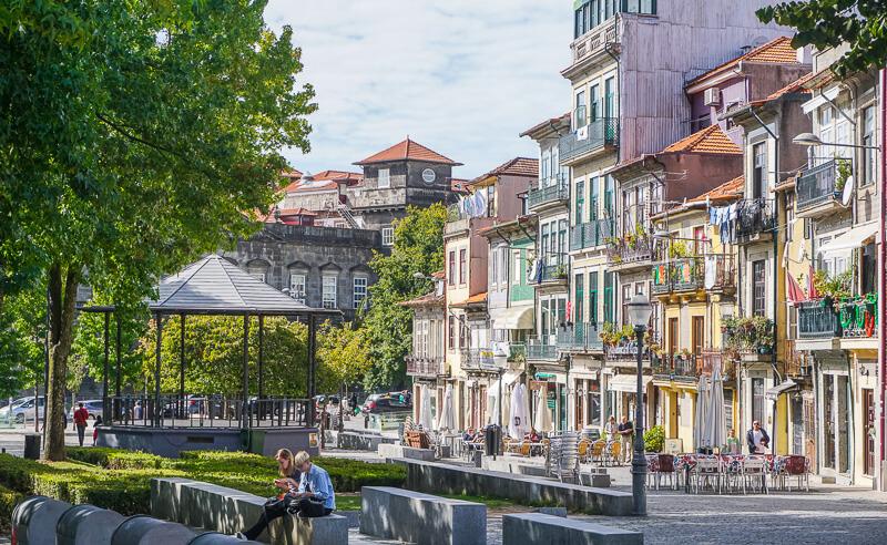 porto street portugal
