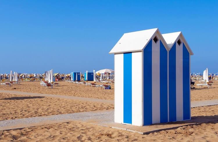 bibione beach hut