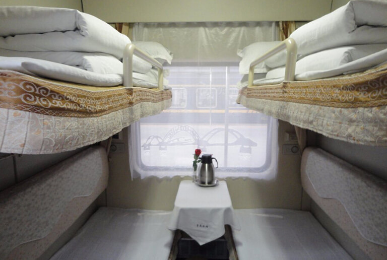soft-sleeper-tibet-train