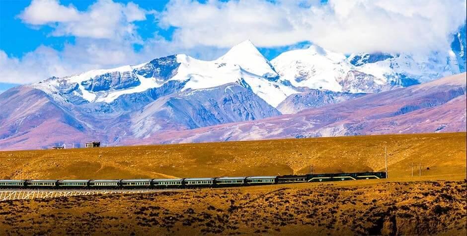 tibet-train-mountain (1)