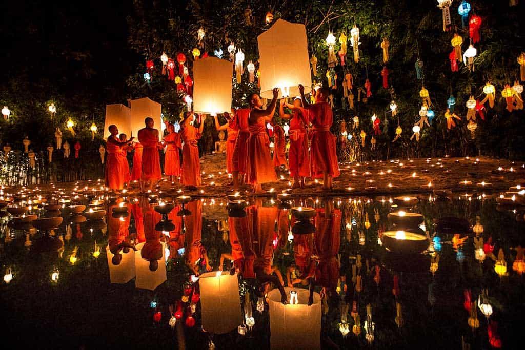 lantern-festivals-in-chiang-mai