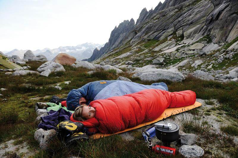 best-budget-sleeping-bag-4