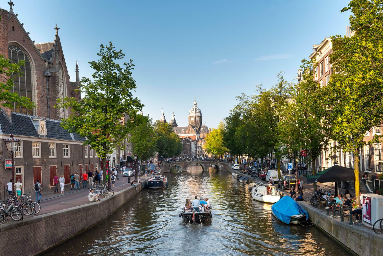 Amsterdam-boat