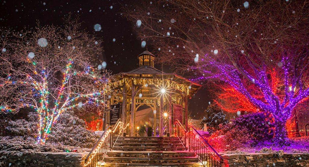 Christmas Lights Road Trip through Massachusetts