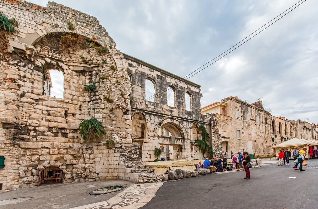 split city walls